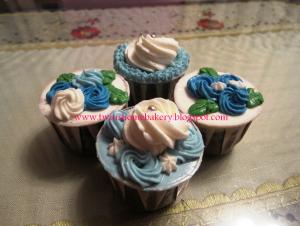 floral cupcake deco